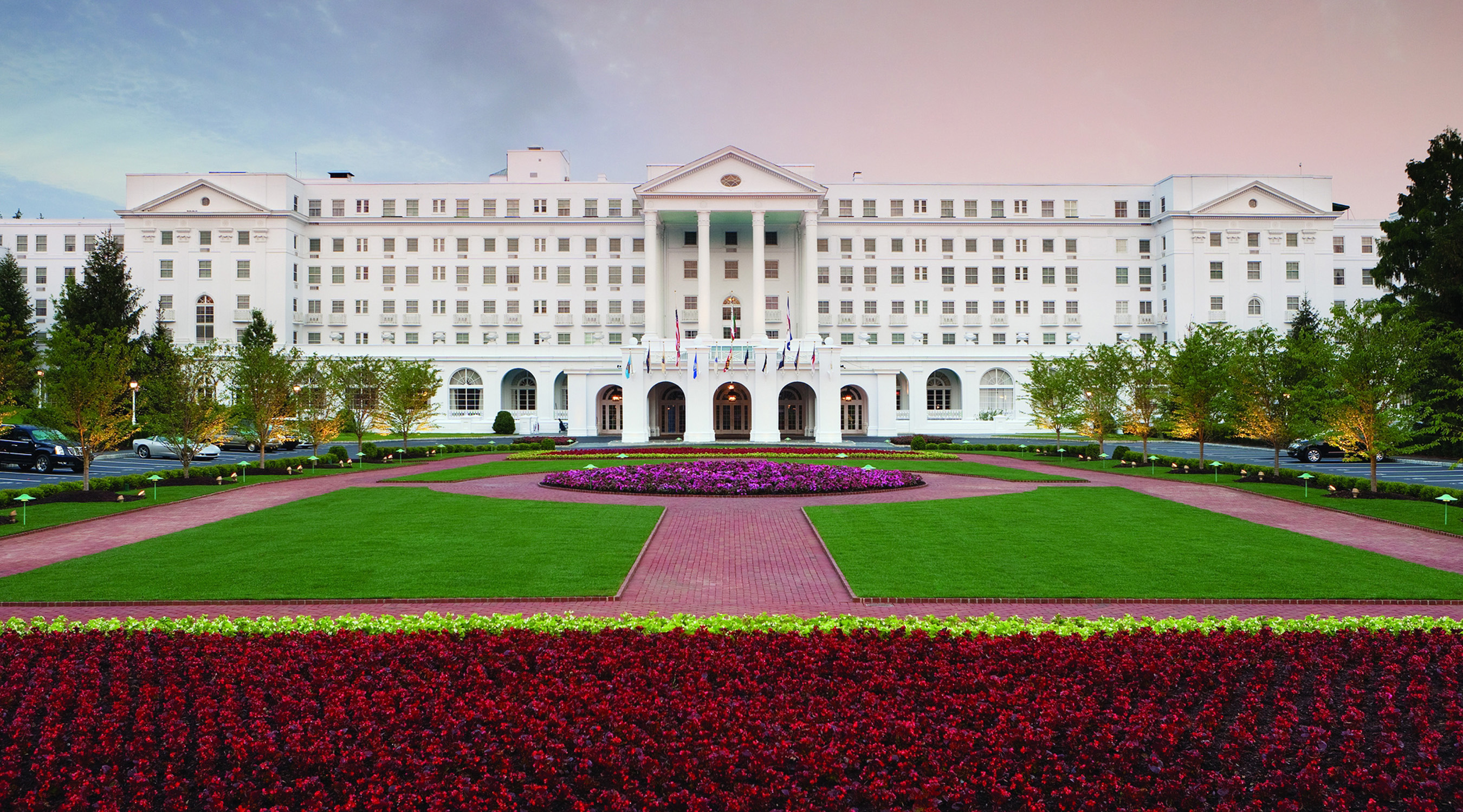 The Greenbrier – design by Dorothy Draper & Company graphic